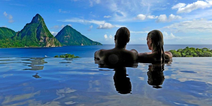 Jade-Mountain_Pool-with-Pitons.jpg